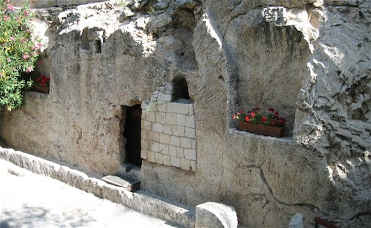 11 The Garden Tomb Contemplating The Resurrection Of